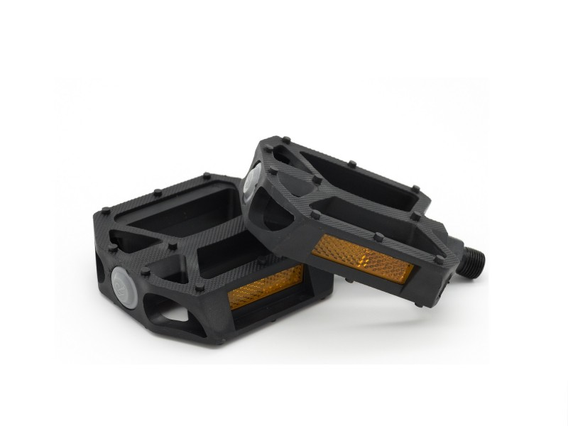 HP1710113 Pedals black with gray Plug.jpg